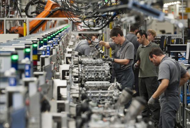 manifatturiero, produzione in aumento