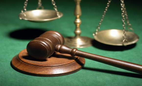 Professioni giuridiche, guadagna di più chi investe nel digitale